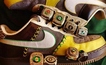 Nike-Air-Force-1-Bespoke-Oregon-Ducks