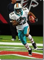 Reggie Bush Miami Dolphins v Atlanta Falcons uaANo4srCuxl